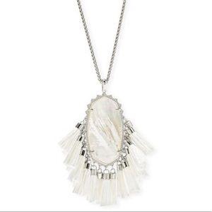 NWT! Kendra Scott Betsy necklace!